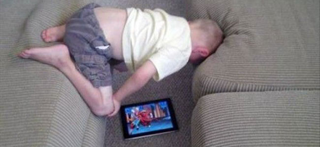 kid-with-ipad