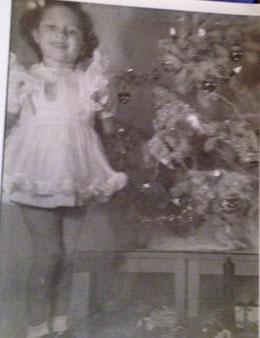 nancy-thayer-childhood-christmas