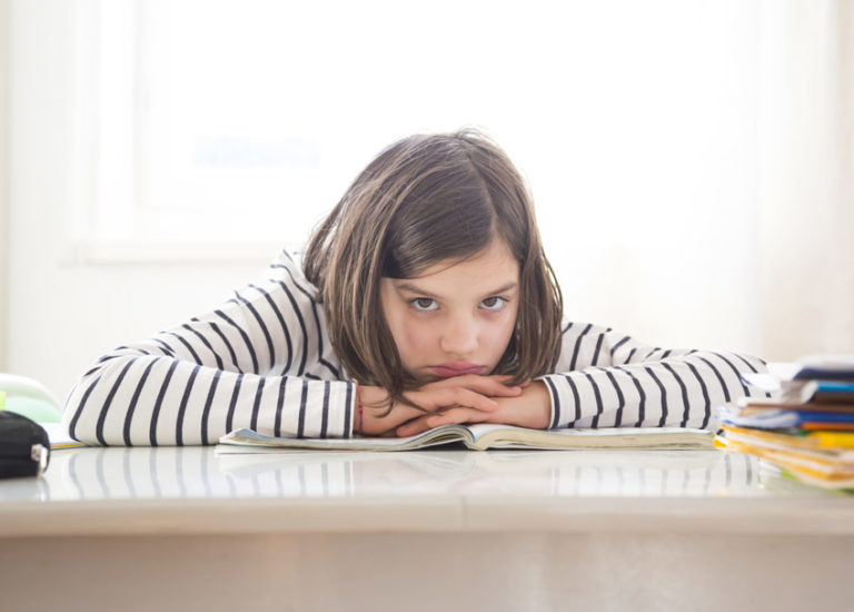 7 Lessons for Parents of Reluctant Middle Grade Readers Thumbnail