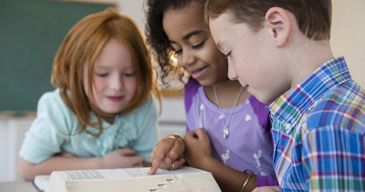 Credenza Definition Webster : Why dictionaries still matter for kids today brightly