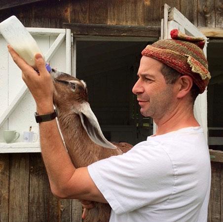 elisha-cooper-goat