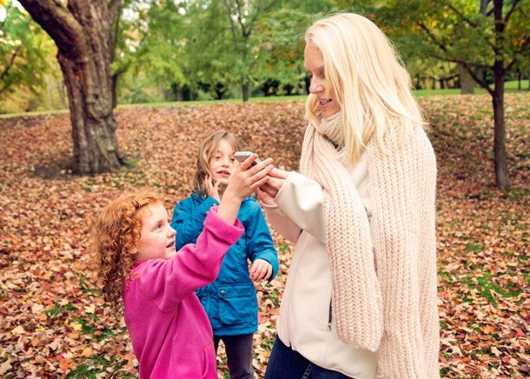 modeling-good-phone-habits-for-kids