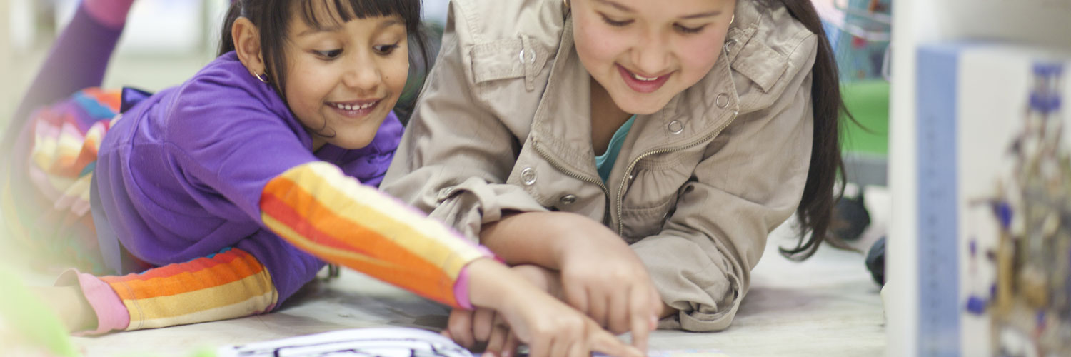 Easy Ways to Get Your Kids to Read More This Year Thumbnail