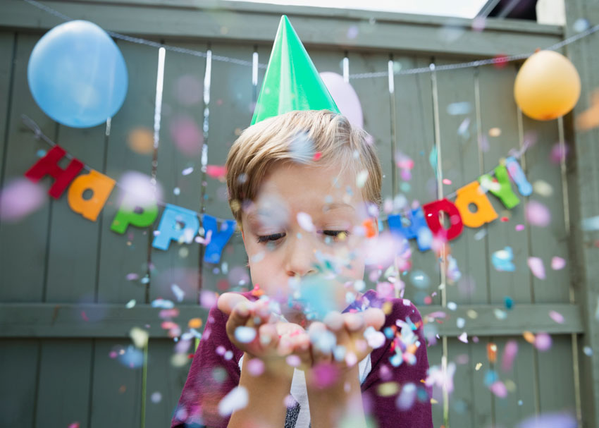 How To Throw A Toy Free Birthday Party For Book Loving Kids