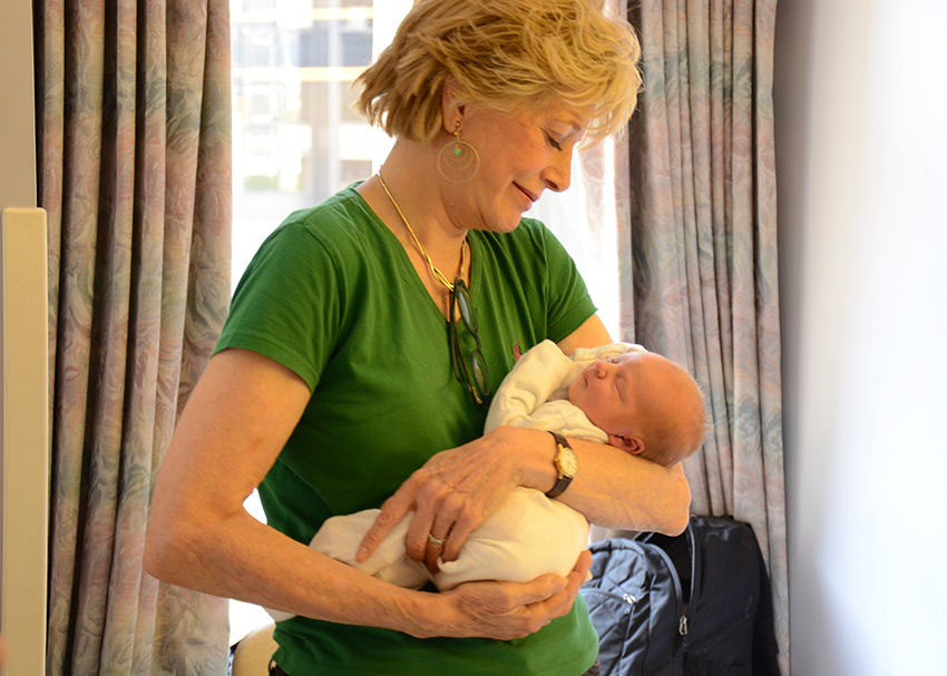 Over the River and Through the Woods: Lesley Stahl on  Becoming Grandma