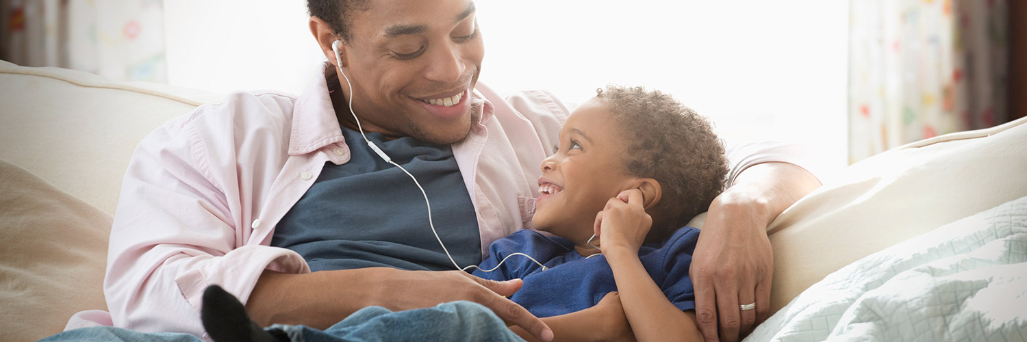 7 Tips for Listening to Audiobooks with Kids Thumbnail