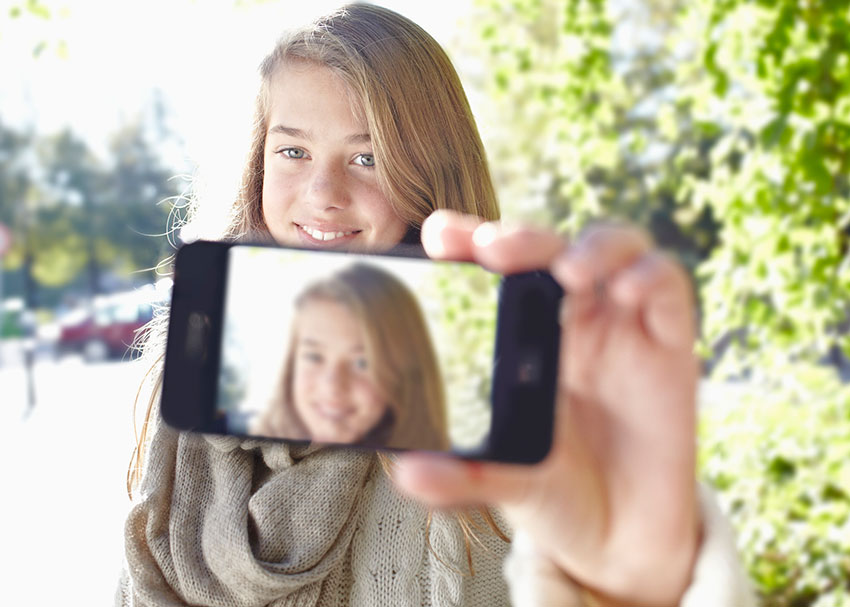 How to Talk to Kids About Social Media and Self-Respect