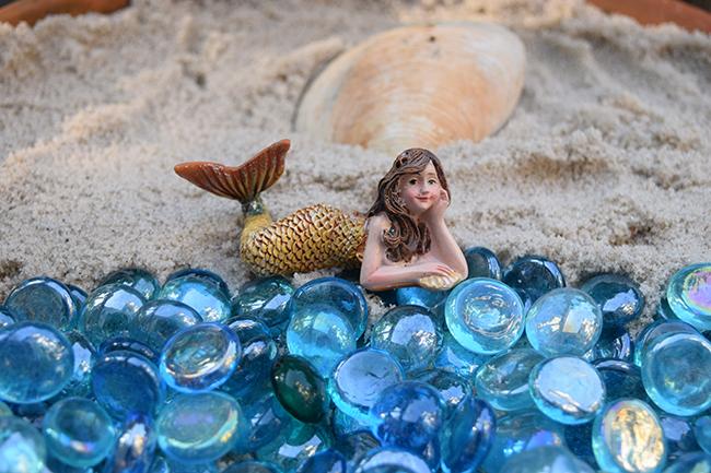 mermaid little green girl